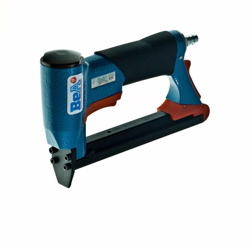 BeA 71/16-421 Upholstery Staple Gun Stapler with 2 boxes of Staples