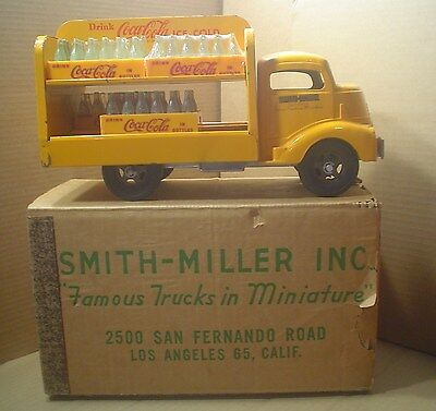 Vintage Smith Miller Yellow Coca-Cola Delivery Truck in Box ~6 Etched Coke Cases