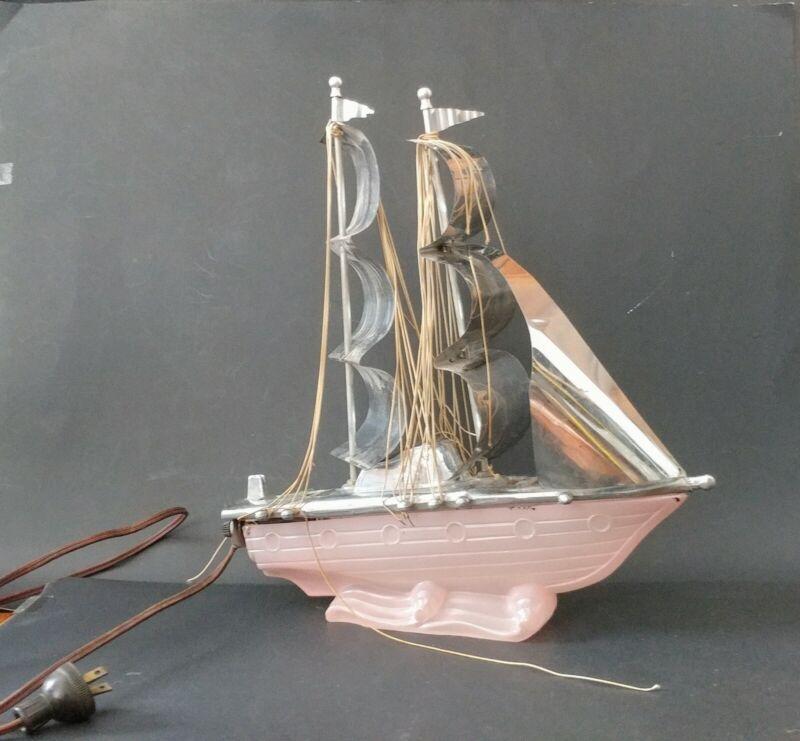 Vintage Art Deco Slag Glass Sailboat Ship Yacht TV Night Light Lamp