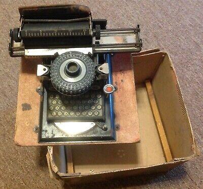 ANTIQUE 1920'S GEBRUDER JUNIOR Miniature GERMAN Typewriter in Box w/print wheel