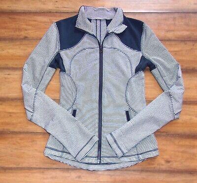 LULULEMON ~ Size 6 ~ Navy & White GINGHAM CHECK From Define Zipper Yoga Jacket