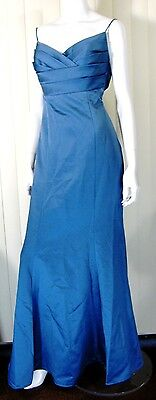 DAVID'S BRIDAL ELEGANT EVENING DRESS SIZE 10 - PERFECT PROM DRESS