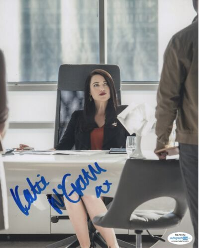 Katie McGrath Supergirl Autographed Signed 8x10 Photo ACOA