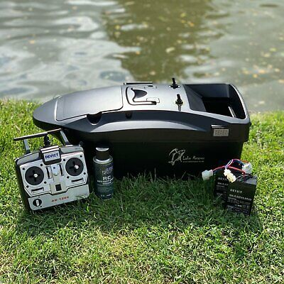 BRAND NEW CARP BAIT BOAT. LAKE REAPER, TOP QUALITY AT A FANTASTIC PRICE