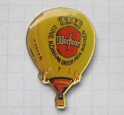 WARSTEINER / EINE KÖNIGIN ....................Bier-Ballon-Pin (107i)