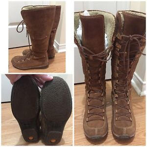 SIZE 9 WOMEN'S TIMBERLAND TALL BOOTS