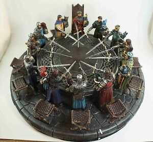 BRITISH KING ARTHUR AND KNIGHTS OF THE ROUND TABLE FIGURINE STATUE ART