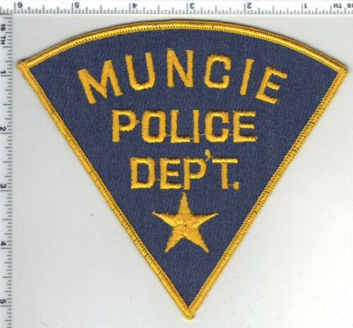 Muncie Police (Indiana) Gray 5-inch Shoulder Patch - new from the 1980s