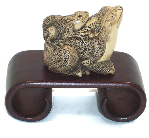 Peabody Essex Museum Replica NETSUKE FROGS, Hand Carved Resin, w/Wood Stand