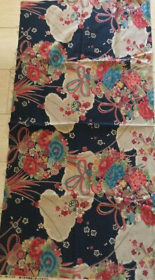 Japanese Fabric Traditional Floral Pattern   Made in Japan (Japanese Fabric Patterns)