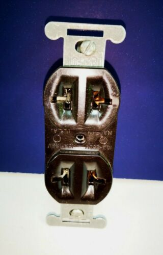 5-PK LEVITON BROWN Duplex RECEPTACLE OUTLET Double T Slot 15A 125V 5000 NEW