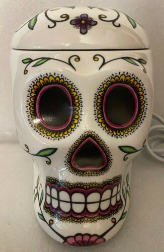 Scentsy Skeleton Electric Tart Warmer **RARE**