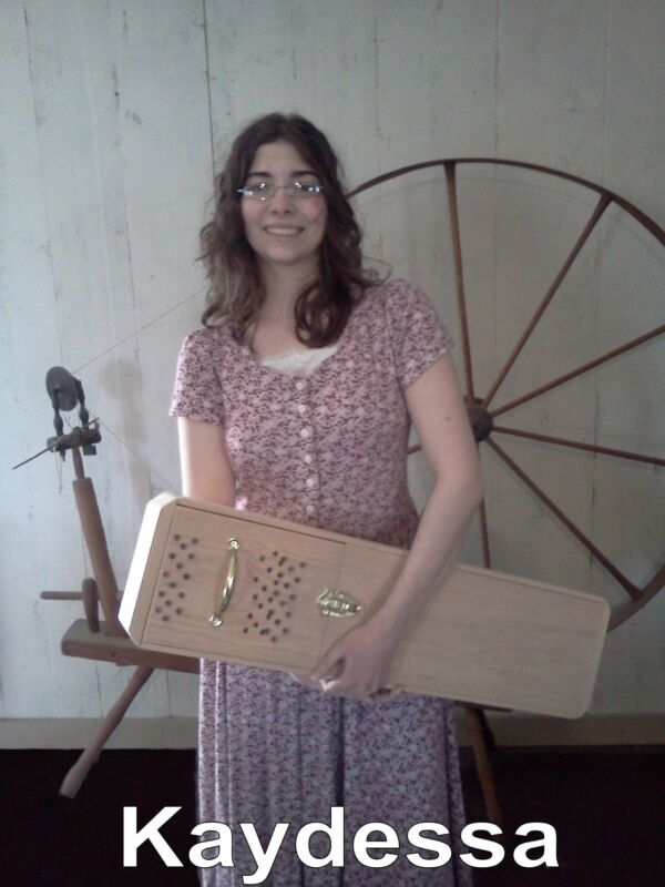 wool picker made of oak, spinning wheel roving fiber raw wool durm carder
