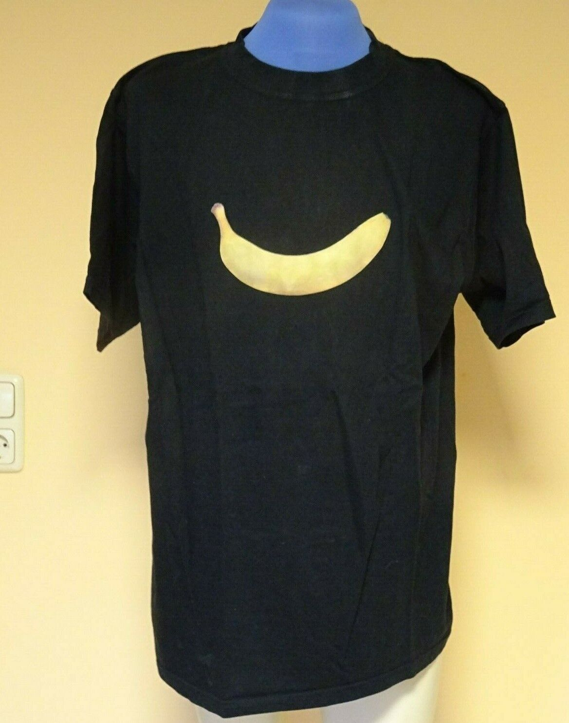 (1371) Herrn T-Shirt Gr: L , (1 Gratis Gr: XL)