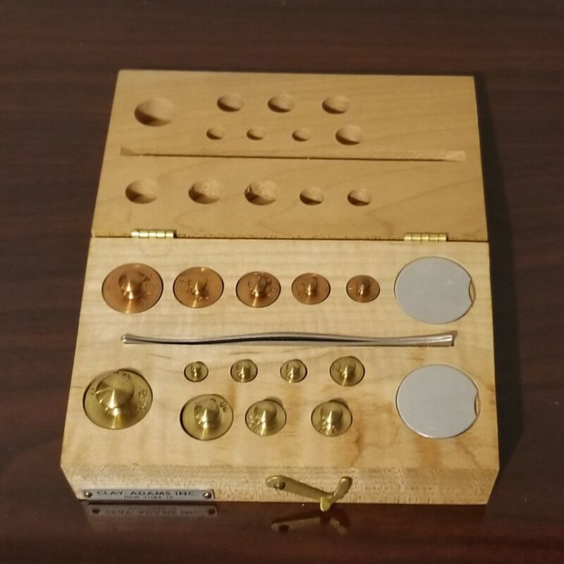Vintage Clay Adams Laboratory/Apothecary Gram Scale Weight Set