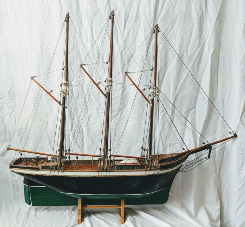"Vintage Museum Large Scale 43"" fully wood CLIPPER SHIP MODEL 3 Mast Sailboat"