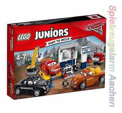 LEGO Junior CARS 10743 Smokeys Garage Lightning McQueen  N7/17