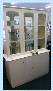 Vintage 80's white glass display cabinet with mirrors Arana Hills Brisbane North West Preview