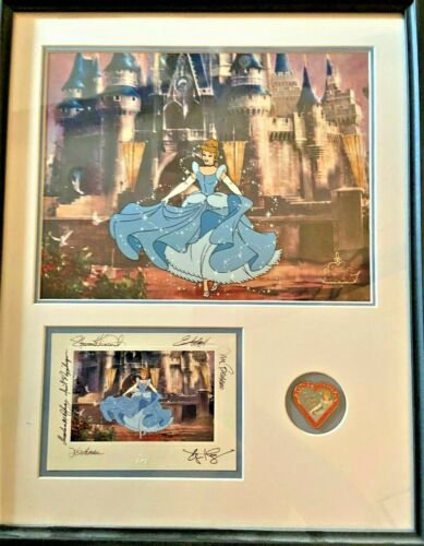 Disney Animation Gallery Cel Her Castle Awaits Cinderella Pin Card COA