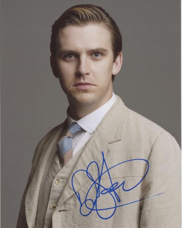 "Dan Stevens ""Downton Abbey"" AUTOGRAPH Signed 8x10 Photo H ACOA"