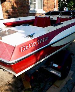 Glastron 17' Ski Boat