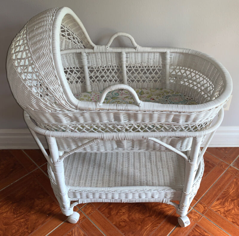 Pottery Barn White Wicker Baby Bassinet Stand Wheels With Mattress And Sheet