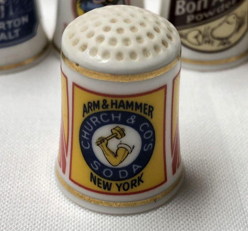 Franklin Mint - Arm & Hammer Advertising - FP Fine Porcelain Thimble 1980