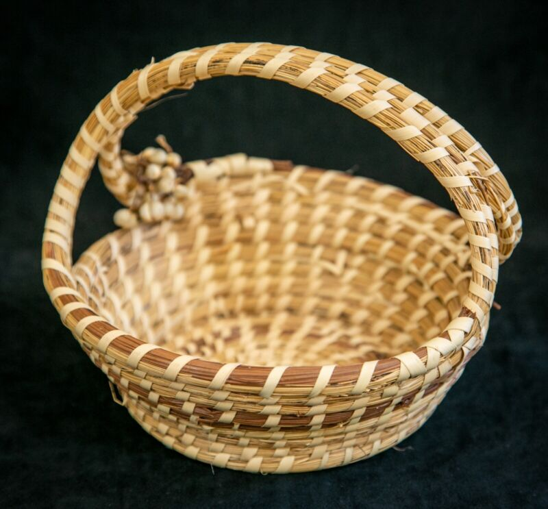 SIGNED Sweetgrass Gullah Hand Woven Round Basket w/ Triple Woven Cross Handle