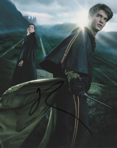 Robert Pattinson Harry Potter Autographed Signed 8x10 Photo COA 2019-10