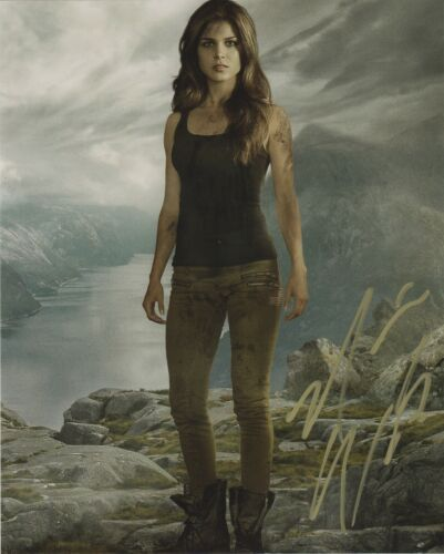 Marie Avgeropoulos The 100 Autographed Signed 8x10 Photo COA 2019-2