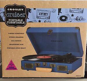 Crosby cruiser portable turntable
