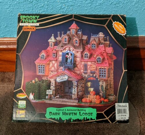 RARE RETIRED Lemax 75499 DARK HAVEN LODGE Spooky Town