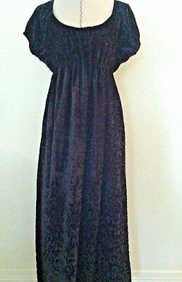- Maternity gown party cocktail long full length black maroon velvet short sleeve