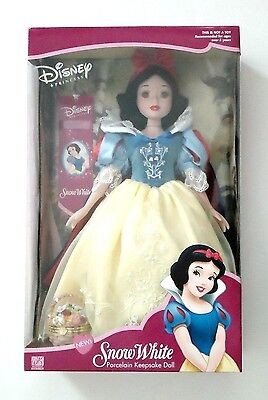 "16"" BRASS KEY SNOW WHITE PORCELAIN KEEPSAKE DOLL DISNEY PRINCESS"