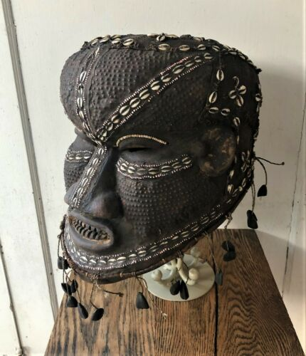 Antique Vintage African DRC Congo Kuba Tribal Beaded Carved Bwoom Helmet Mask