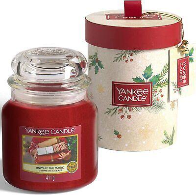 """Yankee Candle - Set regalo con candela profumata di Natale """"Unwrap the Magic"""""""