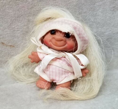 Vintage Wishnik Uneeda? Baby troll doll with outfit.