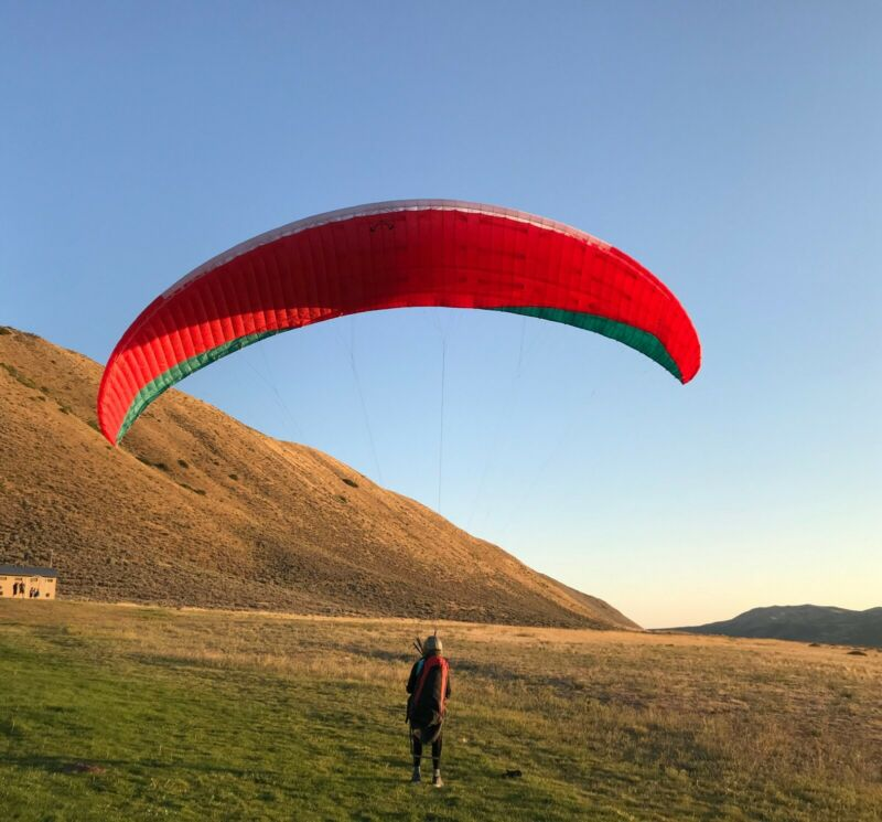 Paraglider wing Advance Sigma 10, 2017, size 21 (60-77kg), 32 hrs
