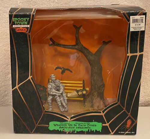 Lemax Spooky Town Halloween 2008 Wrapped Up In Each Other Table Accent 83662 New