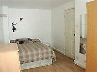 Croydon, spacious double room