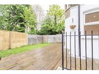 LIGHT & AIRY 3 DOUBLE BEDROOM FLAT INCLUDING PRIVATE GARDEN.