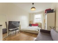 Lovely studio to rent in Brixton - contact ASAP!
