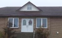 HOUSE IN SCHOMBERG FOR RENT