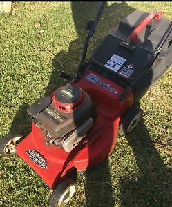 Rover quick start petrol lawn mower Engadine Sutherland Area Preview
