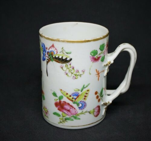 ANTIQUE CHINESE EXPORT BUTTERFLY MUG, 18TH C