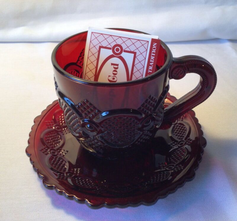 AVON 1876 CAPE COD RUBY RED COLLECTION COFFEE CUP AND SAUCER SET NEW IN BOX