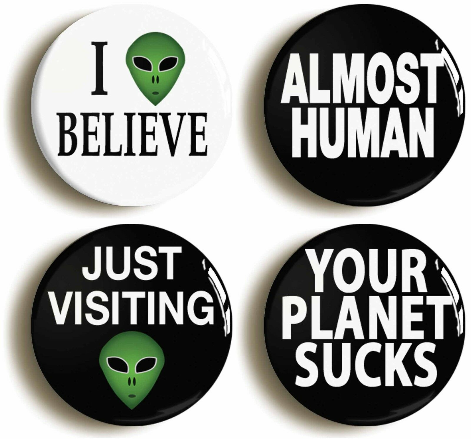 alien badge button pin set (size is 1inch/25mm diameter) et roswell ufo