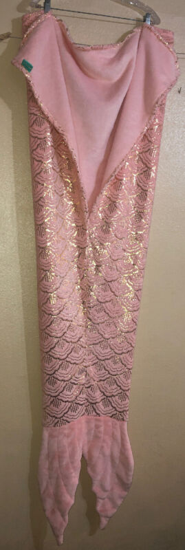 "Pillowfort Mermaid Tail Wearable Plush Blanket 66x55""Pink Rose Gold Sparkle EUC"