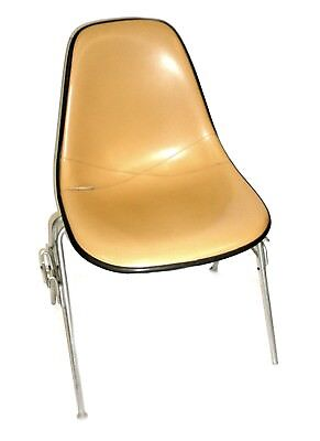 Herman Miller Leather Bucket Chair Stackable Wchair-to-chair Interlock Legs4