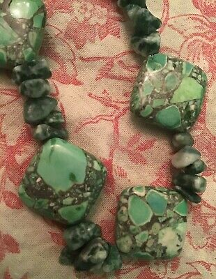 Delicate Stone - Delicate Stone With Turquoise Color Necklace With Closure